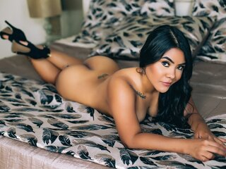IvanaColins nude camshow