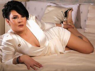 LeylaClay show jasmine