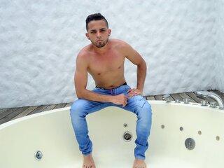 manuvenezolano nude livejasmin.com