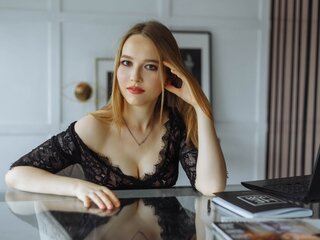 SaraBoutelle shows videos